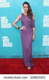 Louise Roe at the 2012 MTV Movie Awards Arrivals, Gibson Amphitheater, Universal City, CA 06-03-12