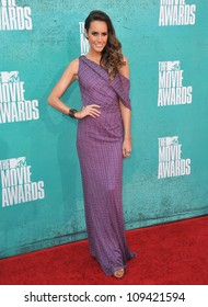 Louise Roe at the 2012 MTV Movie Awards at Universal Studios, Hollywood. June 4, 2012  Los Angeles, CA Picture: Paul Smith / Featureflash