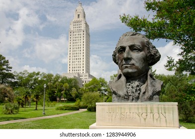 Louisiana, Baton Rouge. Bust of George Washington in front of the Louisiana State Capitol building, circa 1932, art deco.