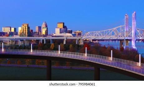 The Louisville, Kentucky skyline at twilight