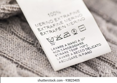 loundry symbols on the wool clothes
