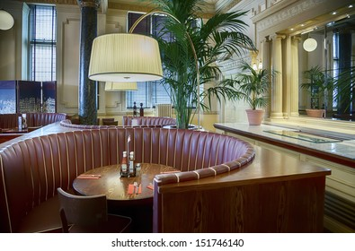 lounge in classic luxury hotel