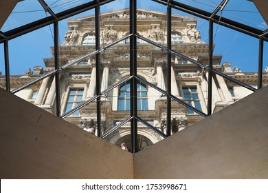 Louvre Museum Architecture Glass Pyramid