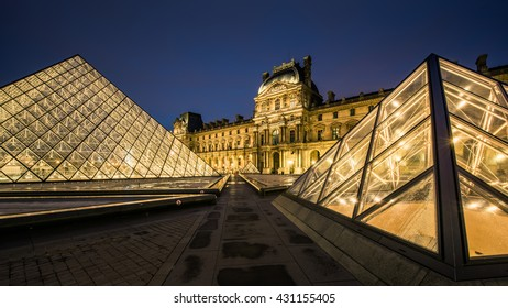 the louvre and pyramid