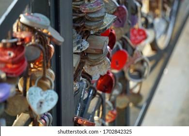 puente de amor en da nang en Vietnam