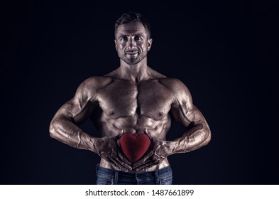 love date. bodybuilder man share his heart. i lay my love on you. valentines day. Valentines day sales. World heart day. I will be your Valentine. sexy macho man with muscular body. secret attraction.