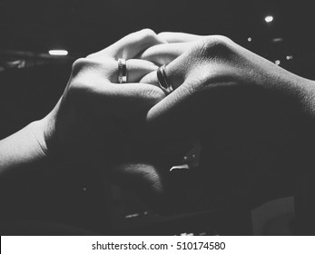 Love ring, Black & White