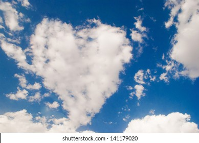 love shaped cloud