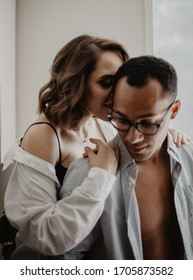 love story photoshoot in the apartment