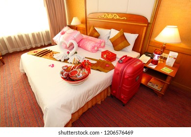 love swans and rose decoration in hotel, towel wedding decoration, love, couple, resort