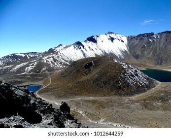 I love this place and its two lakes (moon and sun), It is Toluca, Mexico, Volcano