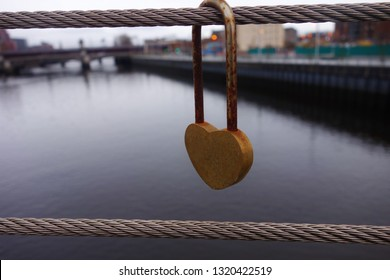 Loveheart padlock on the Clyde