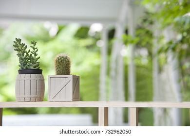 lovely design small planter pot