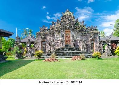 Lovina Temples