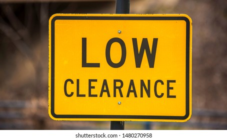 Low Clearance, Road sign used in the US state of Texas