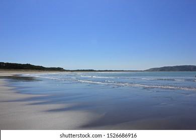 low tide at mahia beach