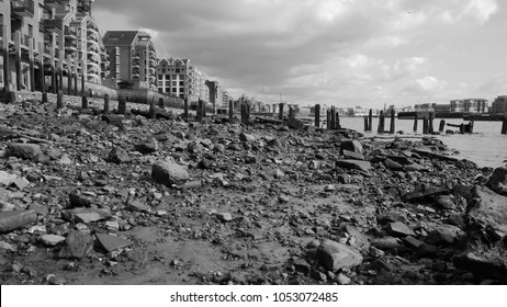 Low Tide River Thames Bed Wapping