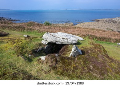 Lower Innisidgen, Ancient Burial Chamber, St Mary's, Isles of Scilly, UK