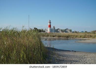 Lower lighthouse on the far Berdyansk Spit.
