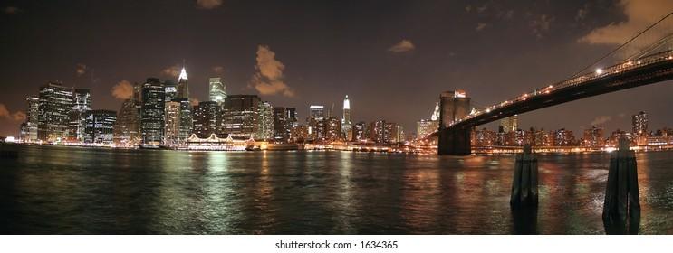 Lower Manhattan and Brooklyn Bridge Panoramic at night