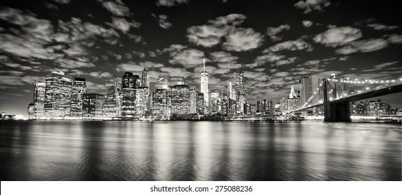 Lower Manhattan skyline and Brooklyn Bridge