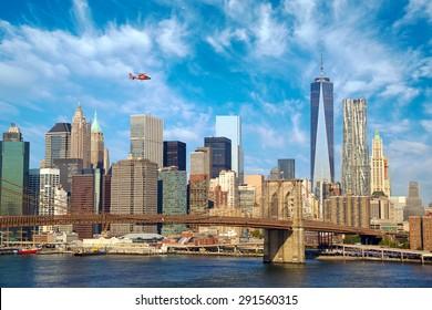 Lower Manhattan skyline with Brooklyn Bridge, New York City