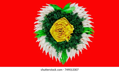 Loy Kratong Festiva., count (Krathong) made of heart-shaped mulberry paper