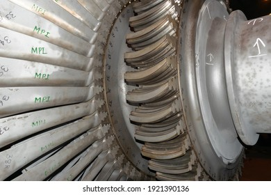 LP Turbine last stage blade locking grooves. Closeup view. Blades are numbered for overhauling.