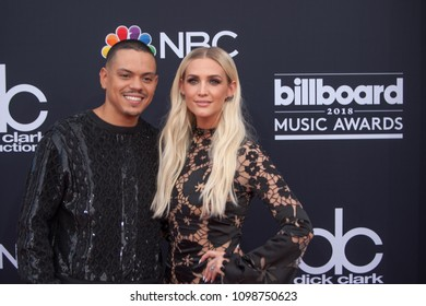 (L-R) Evan Ross & Ashlee Simpson-Ross attends the Red Carpet at the 2018 Billboards Music Awards at the MGM Grand Arena in Las Vegas, Nevada USA on May 20th 2018
