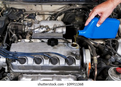 Lubricate your car engine with oil