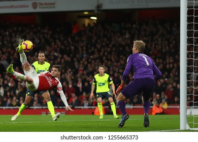 Lucas Torreira of Arsenal scores the opening goal, putting them 1-0 ahead - Arsenal v Huddersfield Town, Premier League, Emirates Stadium, London (Holloway) - 8th December 2018