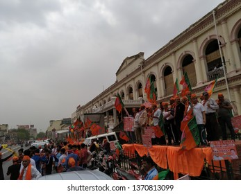 Lucknow, uttar pradesh /India-april 16 2019: on 16 April, Rajnath singh arrived lucknow to fill nomination, the youngsters were promoting BJP with full enthusiasm. The crowd was welcoming him.