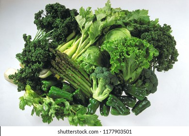Luffa, Spinach, brocoli, bell pepper, asparagus,Lettuce, Celery  isolated on white background