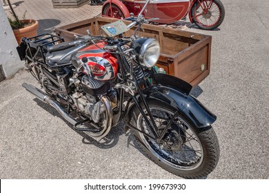 """LUGO, RA, ITALY - JUNE 7: old italian motorcycle Sertum Side Merci 500 cc (1941) with sidecar for freight transport, in festival """"Belle Epoque"""" of Aero Club Lugo on June 7, 2014 in Lugo, RA, Italy"""