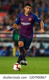 Luis Suarez in action during the week 9 of La Liga match between FC Barcelona and Sevilla FC at Camp Nou Stadium in Barcelona, Spain on October 20, 2018.