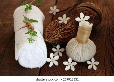 Luk Pra Kob  for Spa and massage.