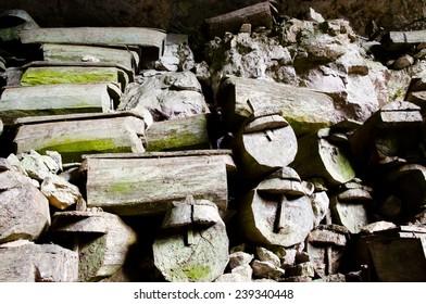 Lumiang Burial Cave - Sagada - Philippines