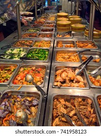 A lunch time buffet selection of chinese food in San Francisco, CA