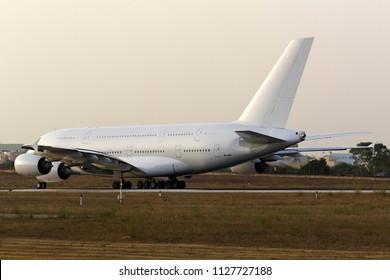 Super Jumbo Jet Images, Stock Photos & Vectors | Shutterstock