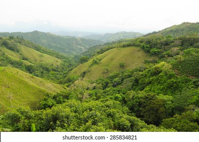 Lush green mountains of the countryside in Costa Rica
