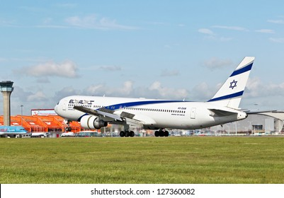 LUTON, UK - SEPTEMBER 13: An El-Al Boeing 767-300 ER touches down at Luton airport on September 13, 2012 in Luton. El Al operates a fleet of 37 aircraft flying to 38 destinations worldwide