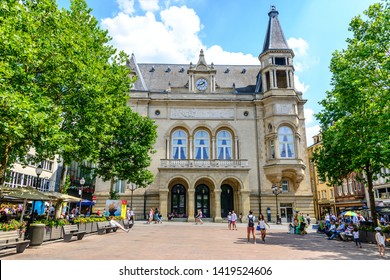 Luxembourg - 24 Juli 2018: Luxembourg city, Cercle Cite, cultural Center. Luxemburg