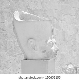 LUXOR, EGYPT-JUN 18:Head statue of Queen Hatshepsut in black and white image at the awesome Temple of Hatshepsut, between the Valley of Kings and the Valley of Queens, June 18, 2011 in Luxor, Egypt.