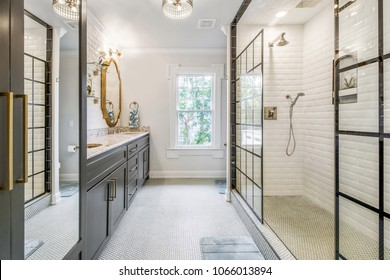 Luxurious Updated Bathroom