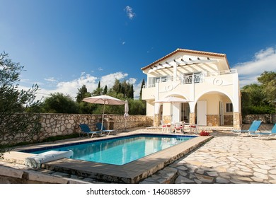Luxurious villa with pool resort in Greece