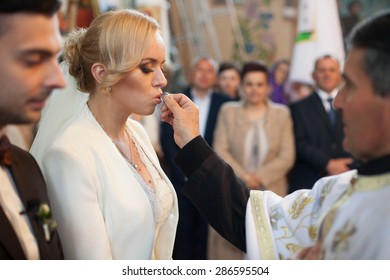 luxurious wedding ceremony stylish couple in the ancient church