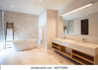 Badezimmer Images, Stock Photos & Vectors | Shutterstock