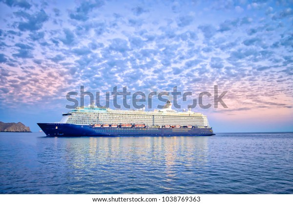 luxury-cruise-ship-sailing-port-600w-103