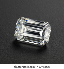 Luxury diamonds on black backgrounds - Emerald cut