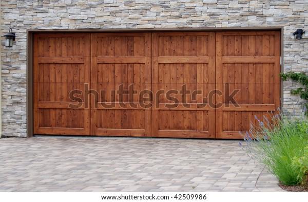 Luxury Garage Doors >> Luxury Garage Door Stock Photo Edit Now 42509986